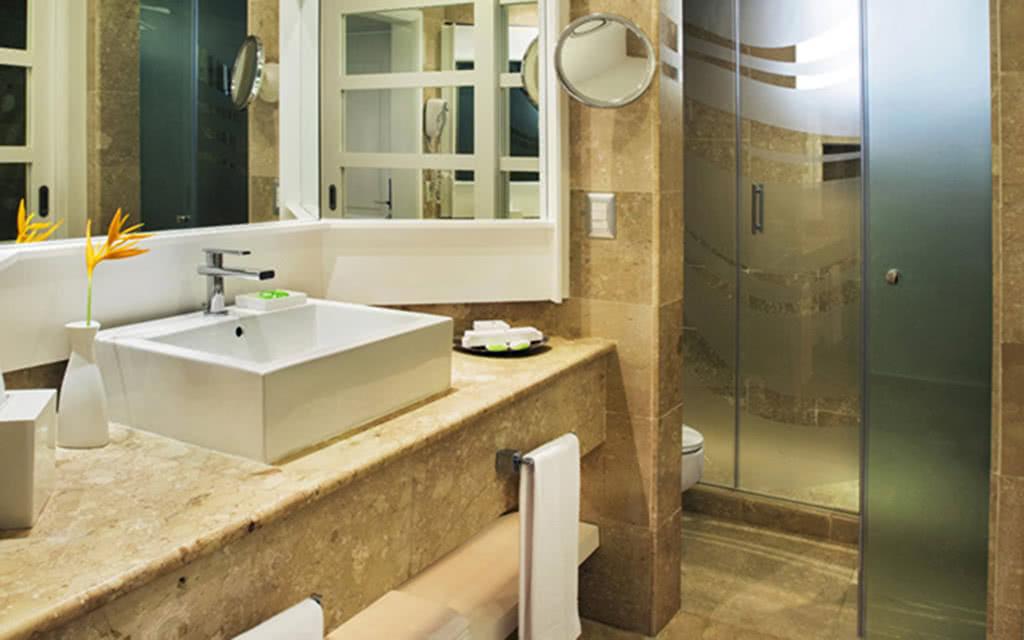 15-ppcana-bath
