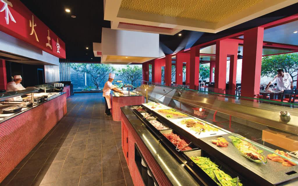 15riucoral-asian-restaurant-02