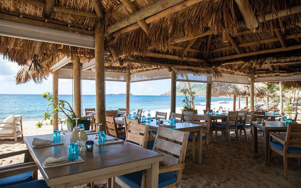 18-letoiny-beach-club-2-emilylab