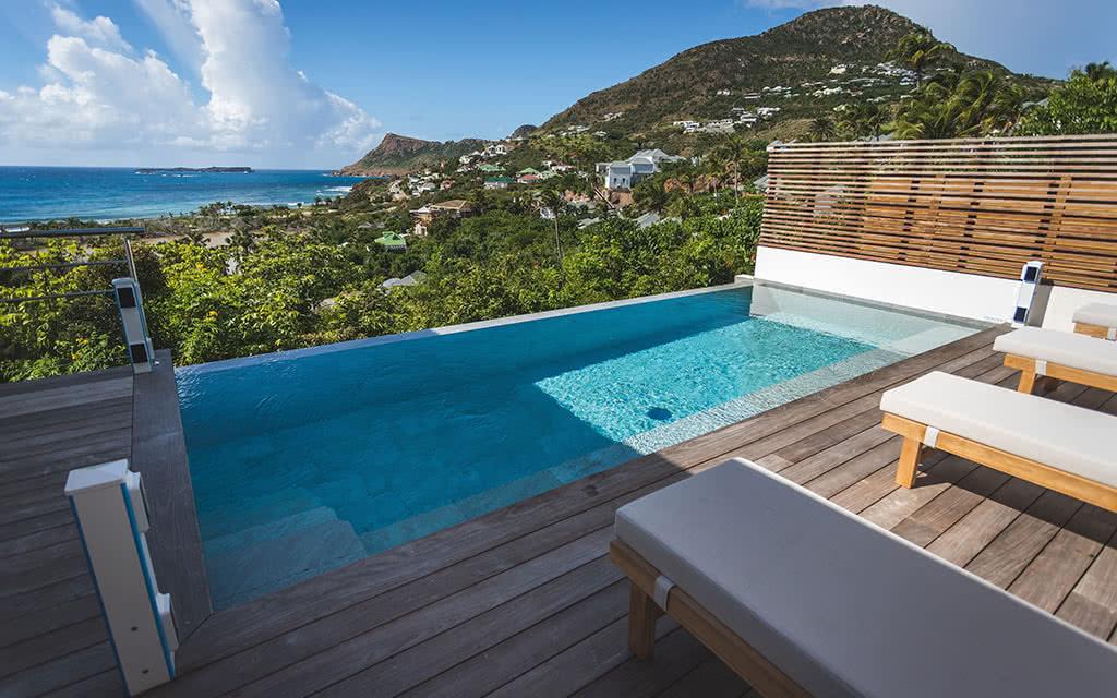 18-letoiny-villa-suite-pool