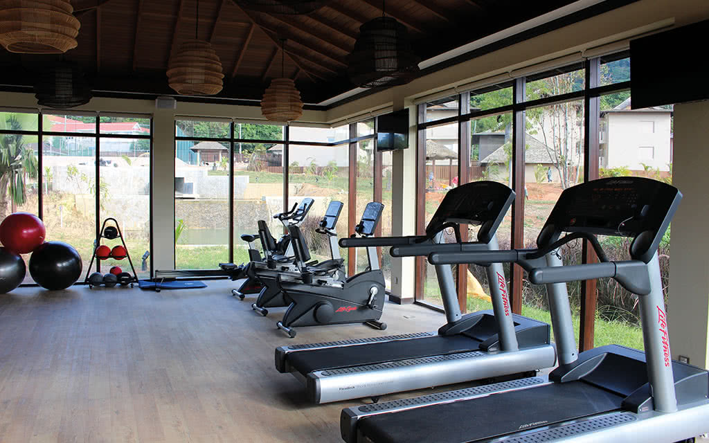 16 hresort fitness center