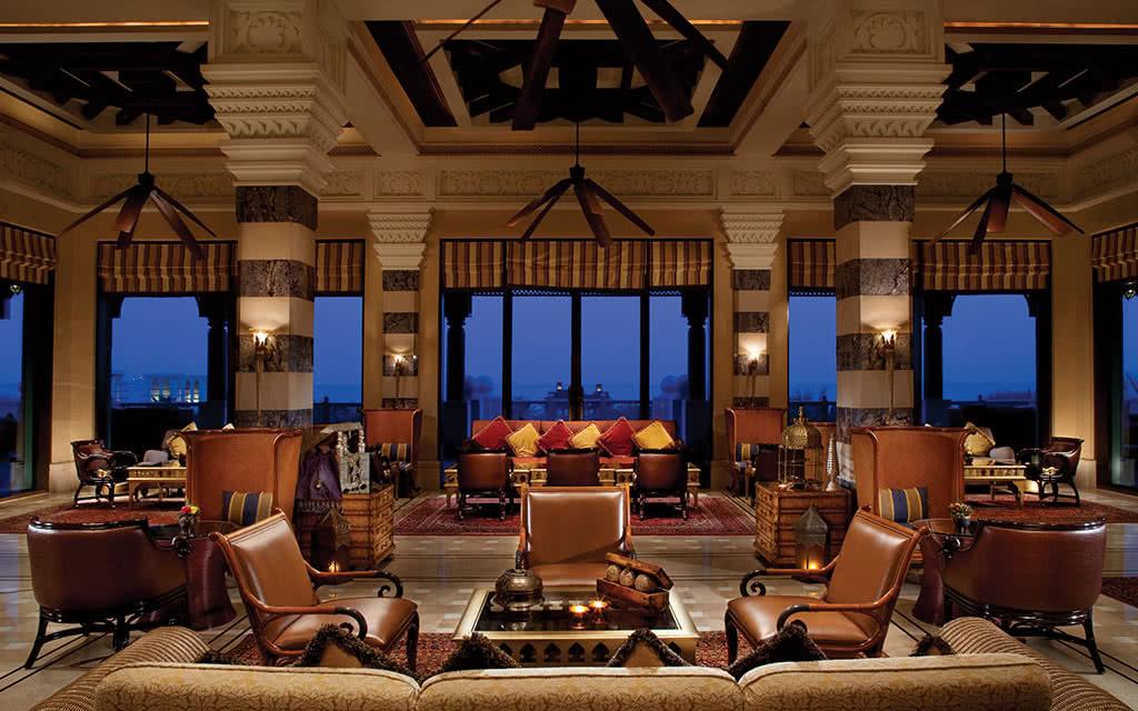 16minaa-al-fayrooz-lounge