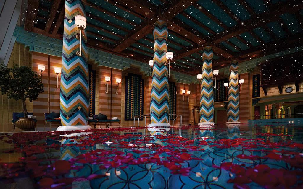16burj-al-arab-jumeirah-romantic-moonlight-swim