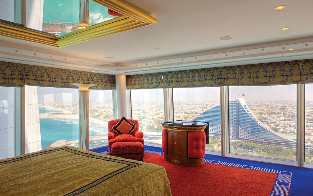 16burj-al-arab-panoramic-suite-view-upper-level