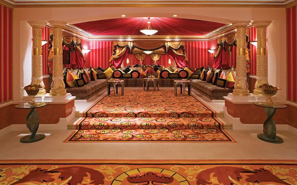 16burj-al-arab-royal-suite