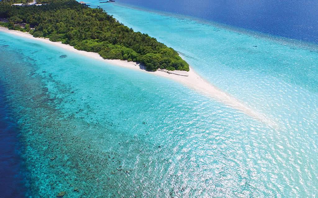 16 dhigali aerial house reef
