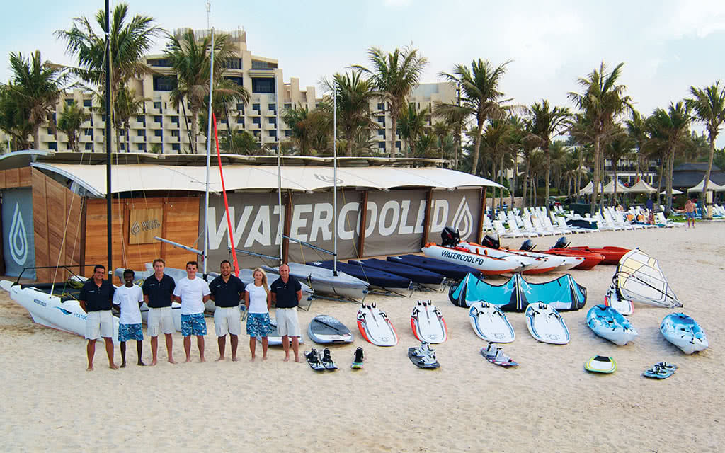 16ja-jebel-ali-beach-hotel-water-sports-339