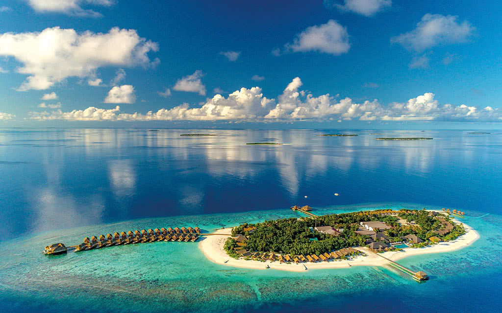 Kudafushi Resort & Spa *****