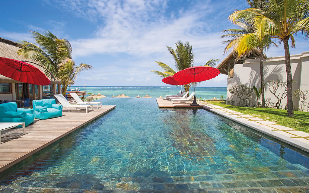 C Mauritius ****