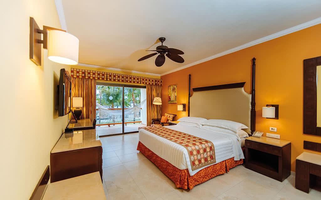 Hotel barcelo maya palace 5 puerto aventuras riviera for Barcelo paris hotels