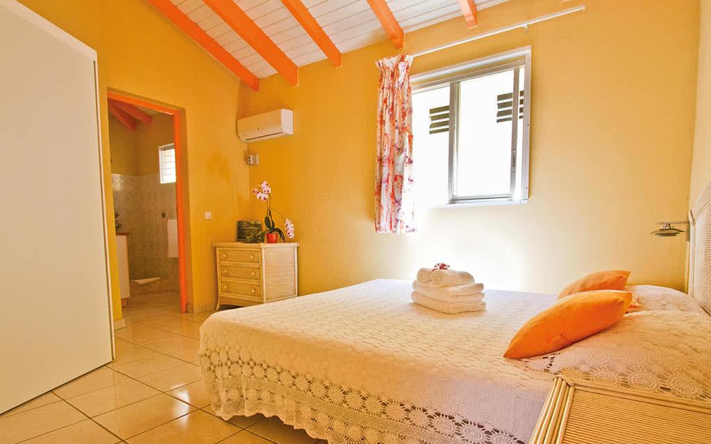 Guadeloupe - Village de Bragelone