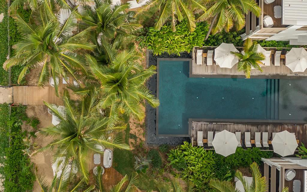 ness-vu-drone-piscine