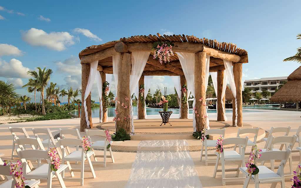 19-semrc-wedding-gazebo-2