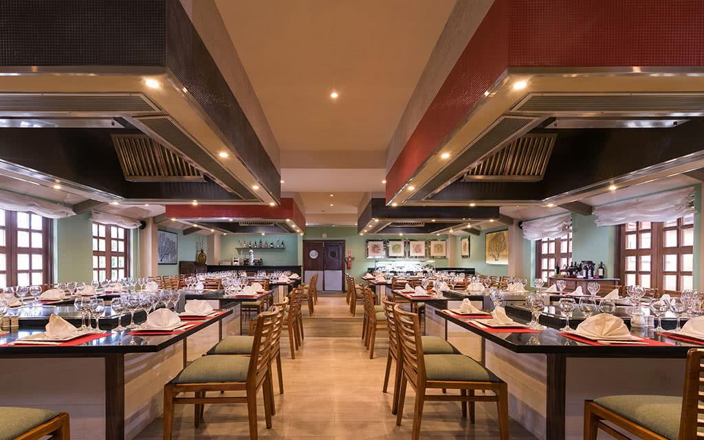 iberostar-costa-dorada-restaurant03